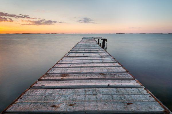 ponton marseillan conchyliculteur ostréiculture étang de Thau